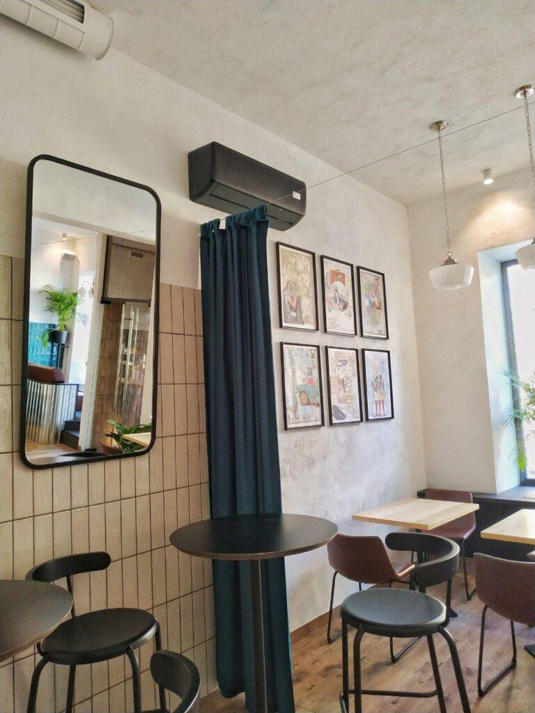 Кафе «Room room»